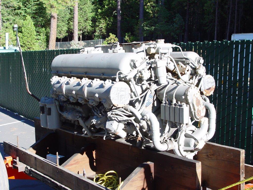 p boat v12 engine Hall-scott